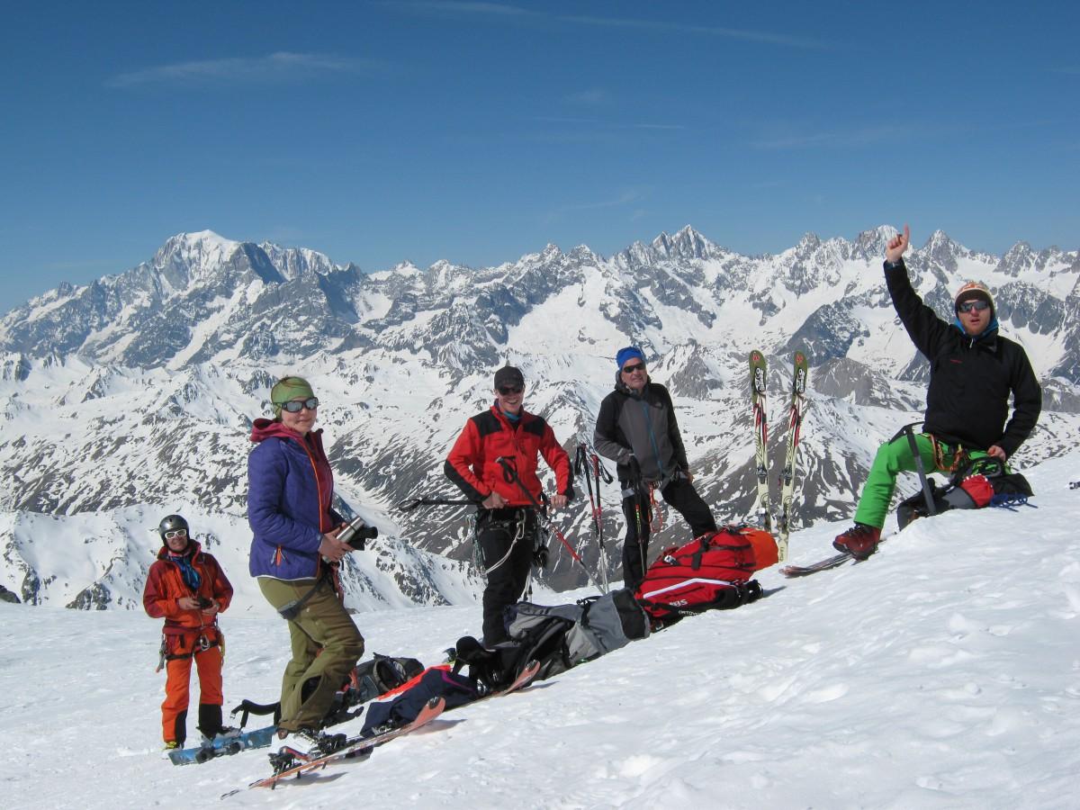 Klettergurt Skitouren : Die beste skibekleidung für skitouren bei planetsnow
