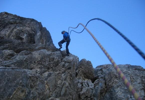 In der Klamm beim Alpin-Kletterkurs