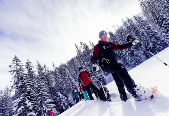 Gipfelkreuz im Winter im Kleinwalsertal.